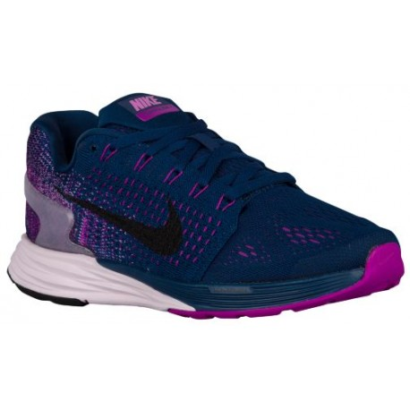 473cbe71e25 glow shoes nike
