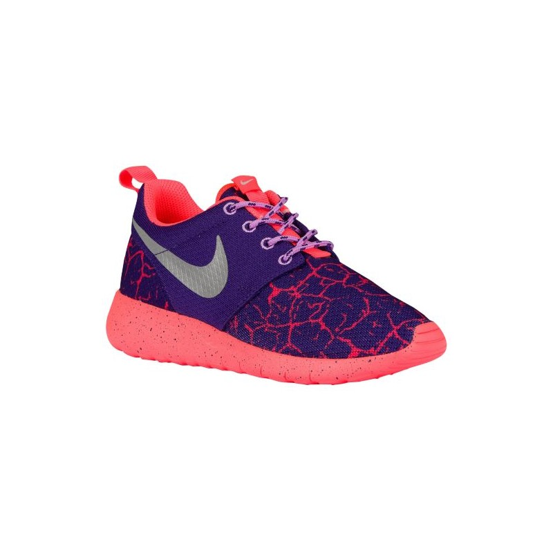 Nike roshe purple hot lava cladem for Schuhschrank nike