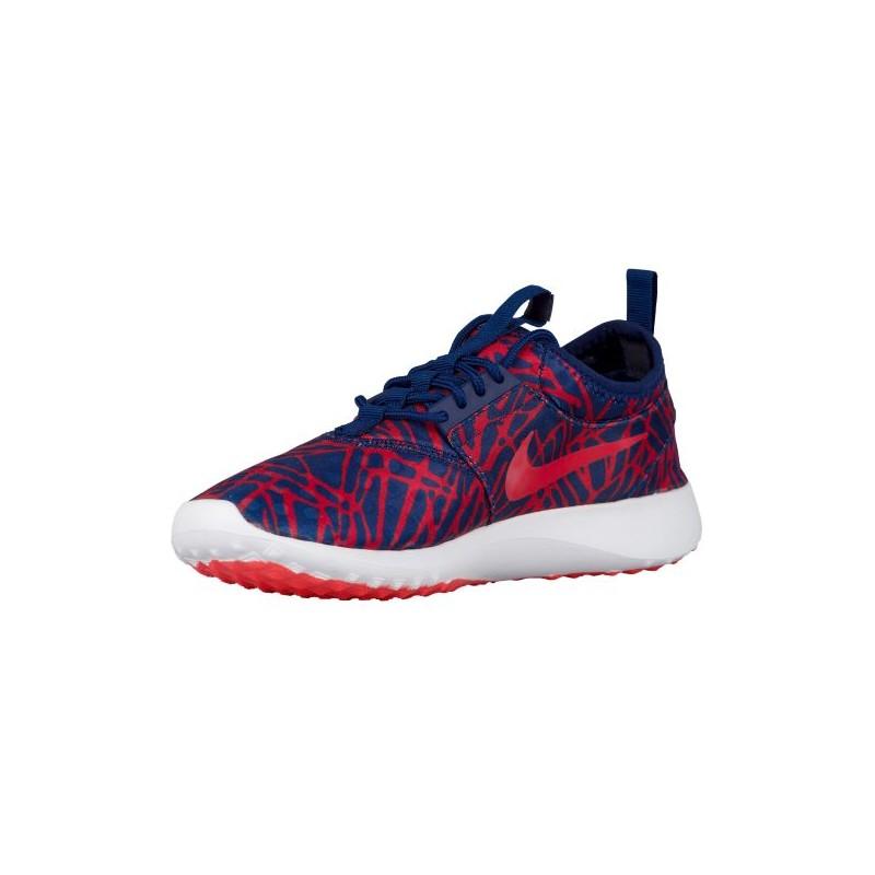 Crimson Nike Running Shoes