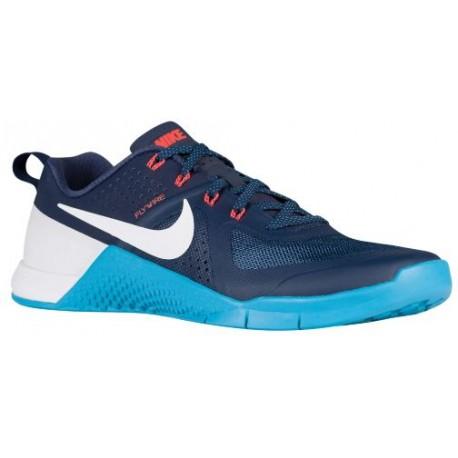 1be90b896459 navy blue nike pros
